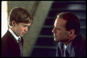 bruce-willis-and-haley-joel-osment
